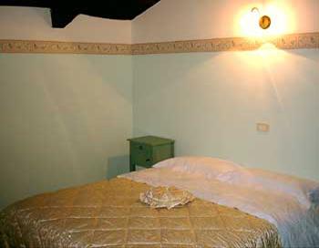 cilento urlaubsdomizile cilento berge und meer idyllisches steinhaus im herzen des cilento. Black Bedroom Furniture Sets. Home Design Ideas